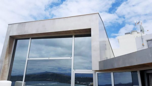 Aluminio marino como solución para revestimiento de fachada