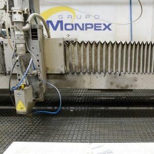 Máquina de corte por chorro de agua abrasivo