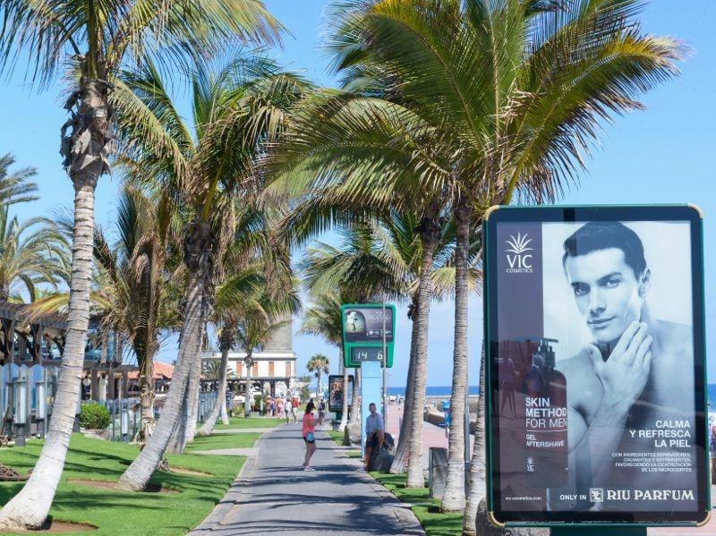Soportes publicitarios Boulevard Meloneras